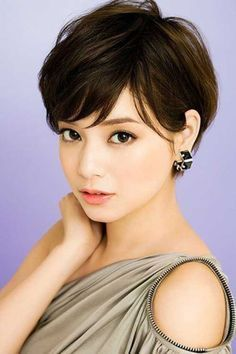 Hottest Short Hairstyles Ideas For Women 18