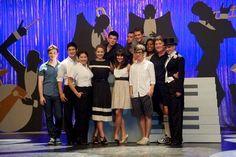 #Glee cast w everyone!