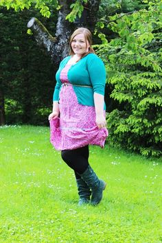 http://kathastrophal.de // Plus Size Fashion | Garden Party in Pink & Petrol {What I Wore}