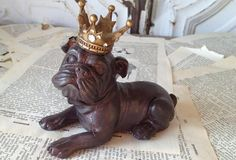 Bulldog With Crown - From Antiquefarmhouse.com - http://www.antiquefarmhouse.com/past/old-world-charm/bulldog-with-crown.html