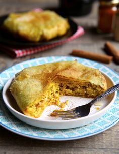 How to cooking Moroccan Pastilla Cooking Chef, Cooking Recipes, Sauce For Chicken, Ottolenghi, Pasta, Cooking Ingredients, Almond Recipes, Cake Pans, Other Recipes