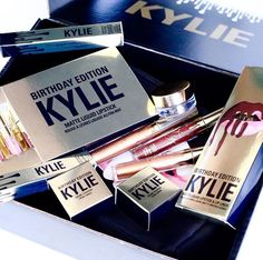 are you guys ready for the final restock? Kylie Cosmetics Birthday Edition, Kylie Birthday Edition, Kylie Jenner Birthday Collection, Makeup Package, Kylie Lip Kit, Lip Palette, Kiss Makeup, Makeup Goals, Makeup Organization