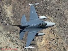 Lockheed Martin F-16C 89-2086 175thFS 114thFW SD Ang 07-10-15
