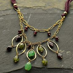 Make this Sonoma Valley Harvest Necklace with jewelry supplies from http://www.ninadesigns.com/jewelry_design_ideas/sonoma_valley_harvest.html
