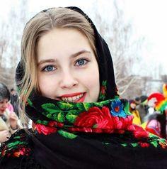 русская красавица в платке - Поиск в Google