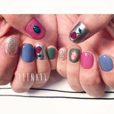 ✨ #nail#art#nailart#ネイル#ネイルアート #rose#バラ#ミラーネイル#cute#gucci#イラスト#ショートネイル#nailsalon#ネイルサロン#表参道#ミラー111