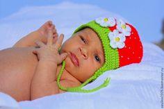 """Купить Шапочка """"Клубничная"""" - ярко-красный, шапочка, шапочка вязаная, шапочка крючком, шапочка на выписку"""