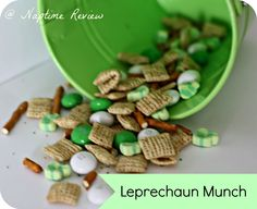 leprechan munch and fun preschool activity for St. Patrick's Day.