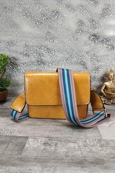 Τσαντάκι ώμου-χειρός με πολύχρωμο strap ώμου 'Rainbow' Κίτρινο Womens Purses, Women Bags, Zip Around Wallet, Fashion, Ladies Bags, Moda, Fasion, Fashion Illustrations, Fashion Models