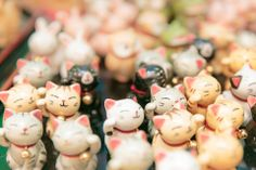 Little maneki neko (beckoning cat) ornaments