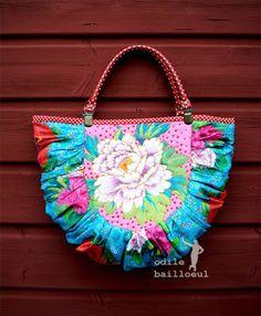 Odile Bailloeul designs - A peony bag, happy as a sunny day http://odilebailloeul.blogspot.fr/