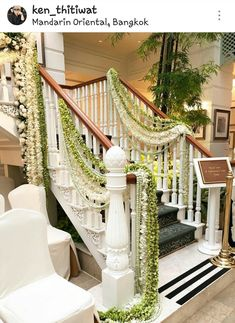 Wedding ideas indian decoration events ideas for 2019 The Effective Pictures We Offer You About wedding ceremony night A quality picture can tell you many things. You can find the most beautiful pictu Wedding Stairs, Wedding Reception Entrance, Desi Wedding, Home Wedding, Wedding Ideas, Trendy Wedding, Rustic Wedding, Stair Decor, Traditional Indian Wedding