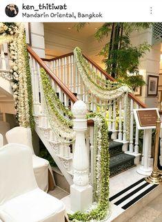 480 Wedding Staircases Decor Ideas Wedding Staircase Staircase Decor Wedding