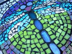 See related links to what you are looking for. Mosaic Diy, Mosaic Tiles, Free Mosaic Patterns, Dragonfly Wall Art, Mosaic Stepping Stones, Mosaic Animals, Autumn Lights, Mosaic Projects, Garden Art