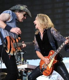 """STYX Joined Onstage By Ted Nugent For Grand Finale Of """"The Midwest Rock 'N Roll Express"""" Tour, Performing Damn Yankees' Classic, """"Coming Of Age"""""""