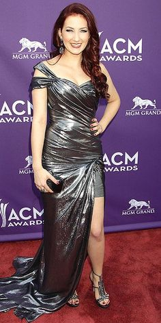 KATIE ARMIGER Country Music Awards, Fashion Fail, Cocktail Gowns, Red Carpet Fashion, Role Models, Special Occasion, Sexy Women, Vampires, Formal Dresses