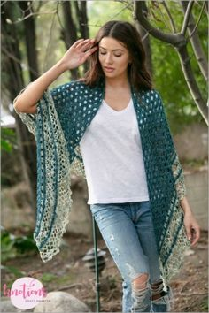 Free crochet pattern for a half-circle shawl. Using two colors, it will quickly work up with a pretty eyelet main section and a fun and frilly border. Shawl Patterns, Crochet Stitches Patterns, Crochet Designs, Crochet Shawls And Wraps, Crochet Scarves, Crochet Clothes, Double Crochet, Single Crochet, Free Crochet