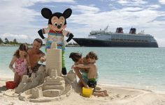 This is a spectacular story of the VIP Christening Cruise of the Disney Magic.  If this doesn't make you want to go on a Disney Cruise, nothing will!  Love it!