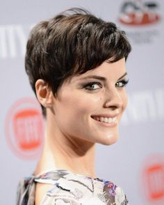 Easy Short Hairstyle with Side Swept Bangs - 2015 Very Short Hairstyles for Women