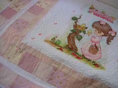 Meus trabalhos. Ateliê Rosi Pinheiro. Manta de bebê em patchwork e pintura em tecido.