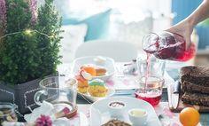 La mattina di Natale non c'è niente di meglio che trasformare anche la colazione in una festa. Giorgia e il compagno preparano la tavola curando tutti i dettagli, per regalare ai loro ospiti una giornata speciale fin dal risveglio.