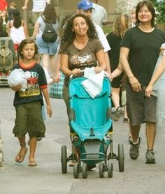 Steve Perry with daughter,Shamela and grandson