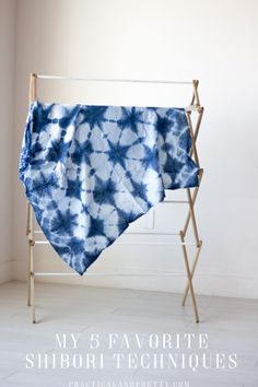 My 5 Favorite Shibori Folds - Practical and Pretty Shibori is a trendy and cool folding technique for tie dye and I take you through 5 of my very favorites for any tie dye you plan to do. Tie Dye Folding Techniques, Fabric Dyeing Techniques, How To Tie Dye, How To Dye Fabric, Fabric Art, Diy Tie Dye Shirts, Diy Shirt, Tie Dye Crafts, Shibori Tie Dye