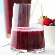 Cherry-Berry Smoothies Loaded with Vitamin C and antioxidants, these smoothies offer a simple and healthy cooling treat. : Cherry-Berry Smoothies Loaded with Vitamin C and antioxidants, these smoothies offer a simple and healthy cooling treat. Tea Smoothies, Juice Smoothie, Smoothie Drinks, Healthy Smoothies, Healthy Drinks, Detox Drinks, Healthy Snacks, Strawberry Smoothies, Fruit Juice