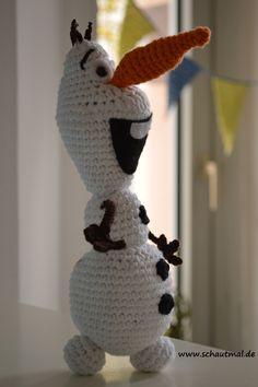 """Unglaublich, wie lange der Film """"Die Eiskönigin"""" und damit auch der kleine liebenswerte Olaf an mir vorbeigegangen sind. Ganz ehrlich? Ich habe zuerst die wunderbare englische Gratisanleitung von C..."""