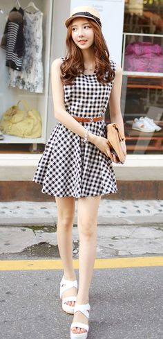 [Luxe Asian Women Dresses Fashion Style Korean Model Fashion Clothing] Brander Check Dress