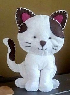 Dog Crafts, Felt Crafts, Crafts For Kids, Felt Patterns, Craft Patterns, Felt Decorations, Embroidery Jewelry, Felt Toys, Felt Ornaments