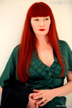 Betony Vernon at a reception for Victoire de Castellane. Frm bd: Redheads, need I say more.