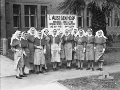A group of Australian Army Nursing Service sisters who had served in the Middle East with the Australian General Hospital in front of a building occupied by the unit at Guildford, Western Australia in September 1942 ~ Vintage Nurse, Vintage Medical, Anzac Soldiers, Oldschool, Women In History, Dieselpunk, Western Australia, World War Ii, Ww2