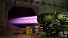 Tech: Remek pillanatkép: így néz ki egy sugárhajtómű tesztelés közben - HVG.hu