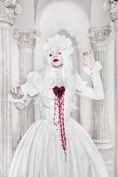 La Dame Blanche by BlackMart.deviantart.com on @DeviantArt