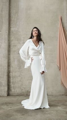 An exciting Australian bridal designer, the new collection of Prea James wedding dresses are stylish and modern, with luxe fabrics and cool details Bridal Gowns, Wedding Gowns, Minimal Wedding Dress, Stylish Gown, Bride Look, Boho Bride, The Dress, Wedding Styles, Marie