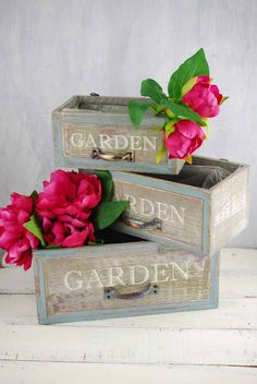 Wood Planter Boxes Garden (Set of 3)  like the handles on these