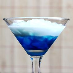 Blue Russian – Mix That Drink  So you've got your White Russians and your Black Russians, but have you heard of a Blue Russian? This cocktail is definitely one of the lesser known Russians. It uses Blue Curacao as its liqueur. That gives it an orange flavor – with the cream, it becomes a little like a Dreamsicle in a glass. The Blue Russian is a good conversation-starter, since most people have never heard of it, and blue drinks always fascinate people. The... #bluecuracao #cream ...