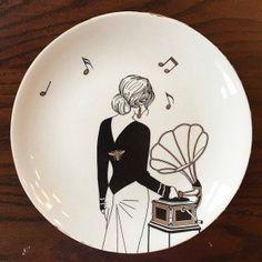 Super Ideas For Painting Techniques Pottery Ceramic Art Pottery Plates, Ceramic Plates, Ceramic Pottery, Decorative Plates, China Painting, Ceramic Painting, Ceramic Art, Porcelain Painting Ideas, Fine Porcelain
