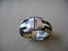 bone bracelet//bangle bracelet// vintage bracelet// gift for her// verigated design