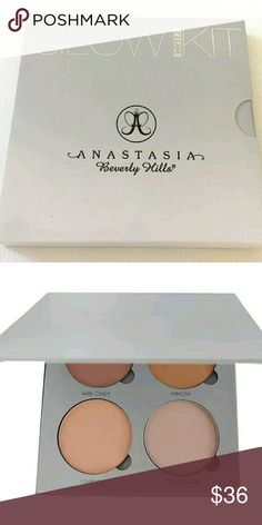 Anastasia beverly hills Glow Kit - Gleam Authentic. Fast shipping.  Colors include Hard Candy, Starburst,  Crushed Pearl, Mimosa Anastasia Beverly Hills Makeup Luminizer