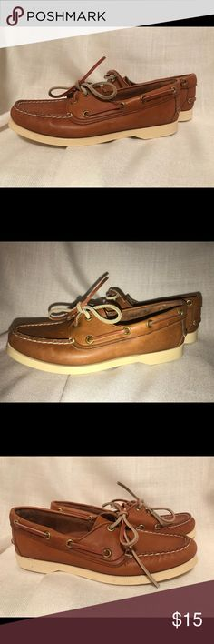 31c43e33ffc Shop Women s Dexter Tan size 6 Flats   Loafers at a discounted price at  Poshmark. Description  Dexter brand boat shoes in excellent condition in  size Sold ...
