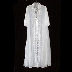 Vintage Nise Stevens White Sheer Peignoir Robe Lace Wedding Medium Nylon e0b577453