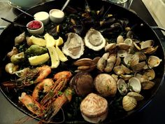 Travel and Lifestyle Diaries Blog: Amsterdam, Netherlands: Gin and Plateau Fruits de Mer at Mossel & Gin