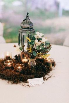 Natural Woodland Wedding Centerpieces / http://www.deerpearlflowers.com/woodland-wedding-table-decor-ideas/