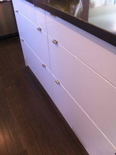 AYA Kitchens, Moderna in Classic White High Gloss