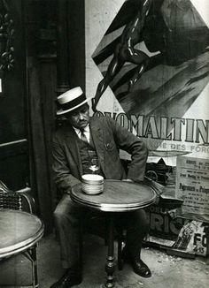 Paris, 1928 • André Kertész