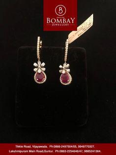 For Quarries Whatsapp On 9652296522 Diamond Earrings Indian, Gold Jhumka Earrings, Gold Earrings Designs, Gold Diamond Earrings, Gold Jewellery Design, Gold Jewelry Simple, Small Earrings, Ear Jewelry, Schmuck Design