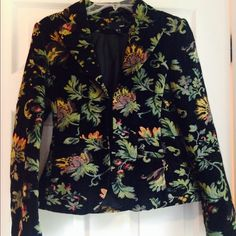H and M hidden closure tapestry jacket I love this! It says size 6 but I recommend a 4 or at least a smaller chest. Perfect condition. Very heavy. Works better as a jacket for outdoors than in. Black tapestry with green and gold designs. Fully lined. H&M Jackets & Coats Blazers