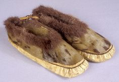 Moccasins - Ethnology Collections Database - Burke Museum; Yup'ik, Inupiaq; fur; Alaskan Arctic Collection